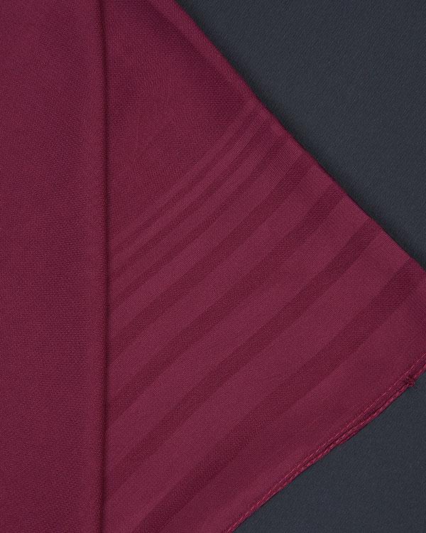 روسری حریر ترک ساده در ابعادی بزرگ با رنگی چشم نواز